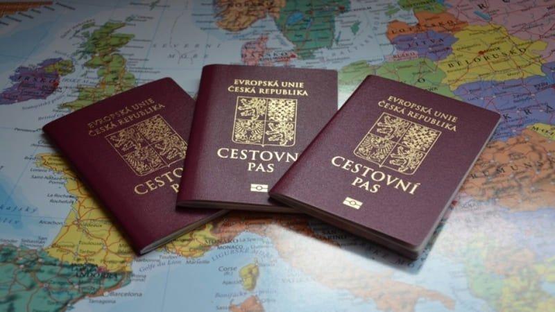 Какие нужны документы на визу в Чехию?