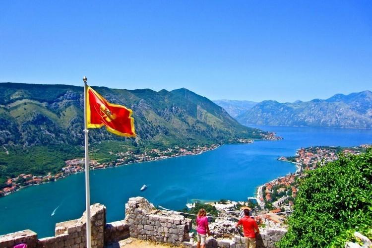 Нужна ли страховка для поездки в Черногорию