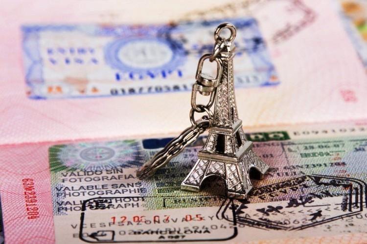 Страховой случай по визе во Францию