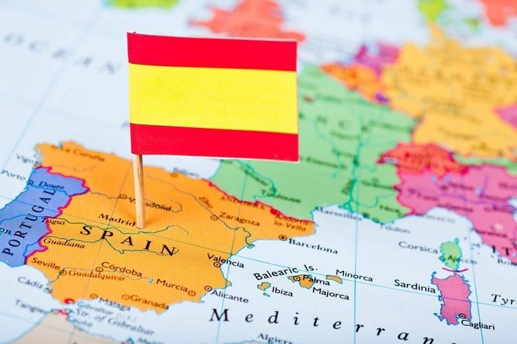 Обязательна ли страховка в Испанию
